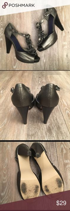 """Madden Girl Gunmetal Gray Pumps In great condition Madden Girl Gunmetal gray Heels with Floral embellishments on top of foot. 4.5"""" Heels. 1"""" platform. The shoes have minor signs of wear and those things are seen in photos above. Madden Girl Shoes Heels"""