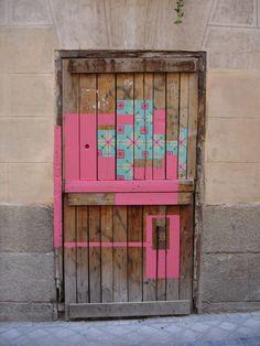 Madrid ,Calle Medio Día // Spanish street artist Nuria Mora