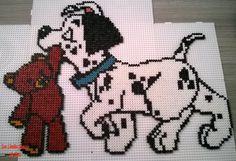 101 Dalmatians - Disney hama perler beads by Jessica Bartelet - Les perles Hama de Jess - Pattern: http://www.pinterest.com/pin/374291419004446769/