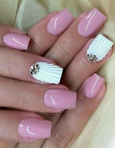 Here is the collection of most stunning summer nail art designs! summer nail art design, Nail Art Gallery, Nails Ideas and Nail Art Spring Nail Art, Nail Designs Spring, Spring Nails, Summer Nails, Nail Art Designs, Cute Nails, Pretty Nails, Hair And Nails, My Nails