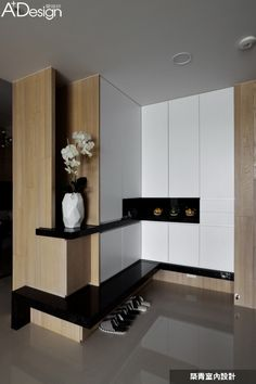 Extraordinary Latest Cupboard Designs with Modern Shelves Ideas Latest Cupboard Designs, Bedroom Cupboard Designs, Wardrobe Design Bedroom, Bedroom Cupboards, Interior Walls, Best Interior, Modern Interior, Armoire D'angle, Home Engineering