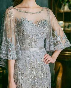 Dress brokat wisuda super Ideas Source by brokat Dress Brokat, Kebaya Dress, Kebaya Lace, Kebaya Hijab, Batik Dress, Lace Dress, Bridesmaid Dresses, Prom Dresses, Formal Dresses