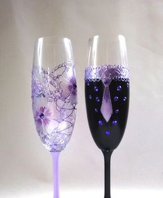 Lavender and Purple Champagne Flutes Wedding Champagne by HiMaria