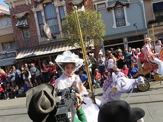 Behind the scenes look of Disney Parks Christmas Day Parade taping