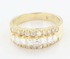 Estate 14 Karat Yellow Gold Diamond Anniversary Ring Band Fine Jewelry Pre-Owned $1750