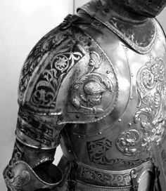 Old suit of armor... #History #Armor