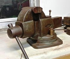Craftsman 5197, rare vise from Craftsman. 5 inch wide jaws