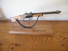 Objets déco, tutoriels et meubles en bois de palettes : Fabrication d'une mini Winchester