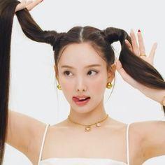 Kpop Girl Groups, Korean Girl Groups, Kpop Girls, My Girl, Cool Girl, Nayeon Twice, Im Nayeon, Korean Makeup, I Love Girls