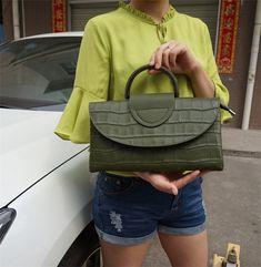 Genuine Leather Woman Envelope Clutches – Purses And Handbags Boho Fashion Handbags, Tote Handbags, Purses And Handbags, Fashion Bags, Luxury Handbags, Cheap Handbags, Handbags Online, Purses Online, Prada Purses