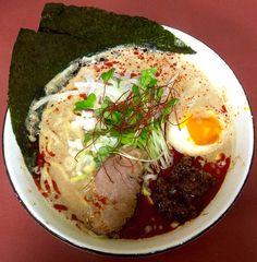金ゴマ担々麺/ぐんぽう