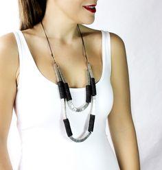 Long Necklace / TeganKahverengi Ahşap Detaylı Silver Metal Uzun Kolye