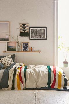 Schlafzimmer Ideen Urban Schlafzimmer Farbige Bettwäsche