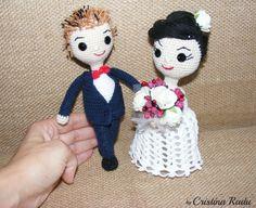 Wedding couple, amigurumi dolls Bride/Groom, special gift crochet toy, white gown bleumarine suit doll Groom Bride, anniversary gift toy