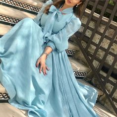 Image may contain: one or more people Indian Gowns Dresses, Modest Dresses, Pretty Dresses, Beautiful Dresses, Evening Dresses, Casual Dresses, Prom Dresses, Gorgeous Dress, Muslim Fashion