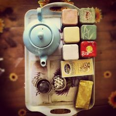 Tea tray.