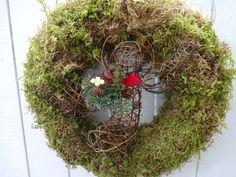 Angel Wreath Christmas Wreath Angel Moss Wreath Natural Wreath Holiday Wreath Christmas Gift Door Decorations A Moss Wreath, Acorn Wreath, Grapevine Wreath, Christmas Gifts, Christmas Decorations, Holiday Decor, Holiday Wreaths, Green Wreath, My Etsy Shop
