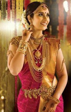 The Indian Kannadiga Bride Kerala Wedding Saree, Indian Wedding Bride, South Indian Bride, Saree Wedding, Indian Weddings, Temple Wedding, South Indian Bridal Jewellery, Indian Wedding Jewelry, Bridal Jewelry
