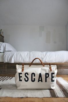 cool Weekend ESCAPE ..  Bag by Forestbound....