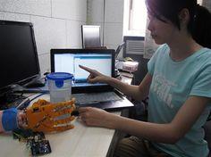 Student 3D prints temperature-sensitive prosthetic that can help the disabled to regain senses