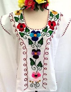 Blouses for women – Lady Dress Designs Mexican Blouse, Mexican Outfit, Mexican Dresses, Mexican Embroidery, Shirt Embroidery, Embroidery Fashion, Stylish Dress Book, Stylish Dresses, Nice Dresses