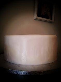 DIY Wedding Cake Part 5:  Decorating the Cake cakes and bakes  Photo