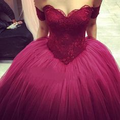 Burgundy Evening Ball Gowns Sweetheart Lace Appliques Puffy Skirt Floor  Length Wine Red Saudi Arabia Prom Dresses Custom. Abendkleider ... e197bbb19e