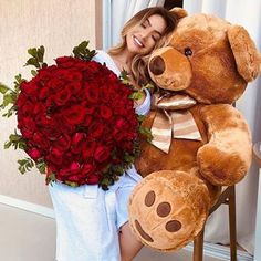 Bėni Boutique 🛍 (@aboutique.beni) • Instagram-Fotos und -Videos Teddy Girl, Big Teddy, Giant Teddy, Valentines Day Memes, Valentines Day Party, Cute Girl Pic, Cute Baby Girl, Costco Bear, Valentine Day Table Decorations
