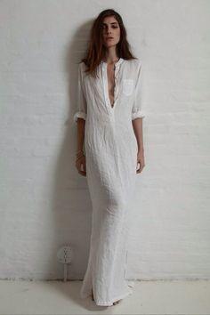 Street Style Spotlight: Model Off Duty, White Linen Maxi Dress
