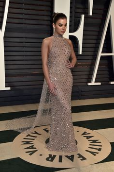 Hailee Steinfeld in Ralph and Russo at the Vanity Fair Afterparty || Oscar's 2017