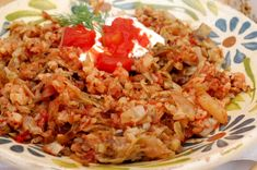 28 Romanian Foods The Whole World Should Know Hungarian Recipes, Romanian Recipes, Hungarian Food, Romanian Food Traditional, Cooking Recipes, Healthy Recipes, Healthy Food, Grilled Sausage, Mexican Food Recipes