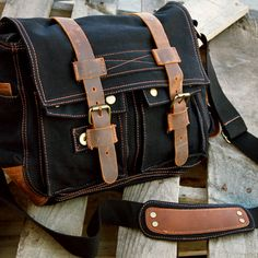 Gearonic Men's Vintage Canvas and Leather School Military Shoulder Bag - Overstock™ Shopping - Great Deals on Gearonic Fabric Messenger Bags