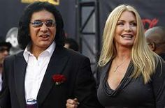 Famously Unmarried celebrity couples A gallery of couples who ... Finally tied the knot..