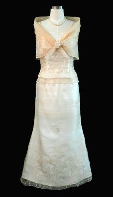 Qualitative Barong Tagalog, Filipiniana Dresses - Barongs R us Modern Filipiniana Dress, Barong Tagalog, Line Shopping, Gowns, Suits, Elegant, Formal Dresses, Stylish, Blouse
