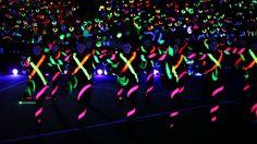 Prosper High School Blackout Pep Rally 2013 - Talonettes Cheer Games, Cheer Stunts, Cheerleading Bows, High School Football Games, Friday Football, Cheers Theme, Cheer Dance Routines, Pep Rally Games, School Spirit Days