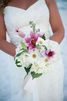 Beach Wedding Bouquet  http://paradisobeachweddings.com   Annie Turner Photography annieturnerphotography.com
