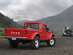 Report Says Jeep Prepping Grand Wagoneer, New Pickup