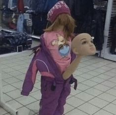 37 cursed images filled with WTF Stupid Funny Memes, Funny Relatable Memes, Haha Funny, Hilarious, Weird Pictures, Reaction Pictures, Roblox Memes, Quality Memes, Foto Pose
