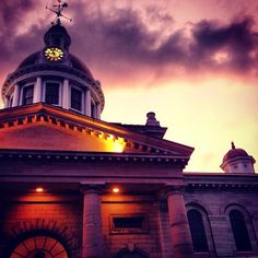 An amazing shot of Kingston, Ontario City Hall at Dusk. Photo by Laura Meggs Wonderful Places, Beautiful Places, Ontario City, Queen's University, Kingston Ontario, Cultural Experience, City Landscape, World Cities, Quebec City