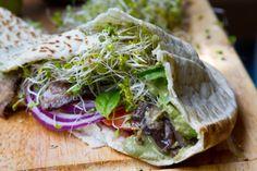 salad-sandwich-pesto01