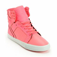 The streets won't know what hit them when you roll out in the hot pink Supra Skytop skate shoes for women.