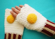 Bacon and Egg Fingerless MItts - this will match my bacon and egg scarf - by the same artist, Twinkie Chan
