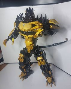 """122 Likes, 4 Comments - Bionicle-2015-MOCS (@bionicle2015mocs_) on Instagram: """"Bio-beastformer Gold Panther-Takanuva Check his beast mode ! #lego #bionicle #herofactory #moc…"""""""