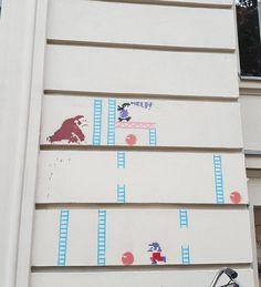 Hihi! Da werden Kindheitserinnerungen wach. Was sich auf Häuserwänden alles so tummelt! . #kiezcouture #prenzlauerberg #supermario #supermariobrothers #streetart #streetartdaily #streetartberlin #exploreyourcity #exploreberlin #diewocheaufinstagram #igersberlin #inberlinunterwegs #aroundberlin #igersgermany #ig_deutschland #diestadtberlin #thevisualcollective #berlinpage #berlinbreeze #iheartberlin #ig_berlin #ig_berlincity #berlinlover #igersberlinofficial #berlin_boheme #visit_berlin…