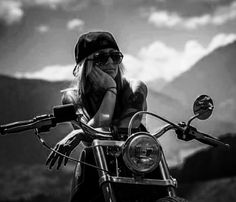I … One day … – Harley davidson dyna – a … – Trend Mottorrad – Motorrad Harley Davidson Dyna, Motocross, Lady Biker, Biker Girl, Shooting Photo Moto, Motorcycle Photo Shoot, Biker Photoshoot, Motard Sexy, Cafe Racer Girl