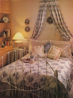 Vintage 80's Home Decorating Trends - More Ruffles and Florals; also Dried Flowers
