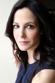 Try not to tear up a little as Mary-Louise Parker reads a letter from her debut book, Mary Louise Parker, Beautiful Celebrities, Beautiful Actresses, Beautiful Women, Beautiful People, Mary Karr, Divas, Actor Headshots, Famous Women