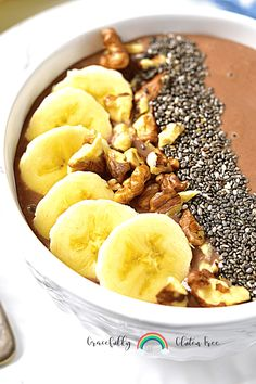 Have a chocolate banana smoothie bowl for breakfast. Its packed with fiber, minerals, and protein if you add it in there. Gluten free treats are easy and delightful. Chocolate Banana Smoothie, Chocolate Protein Powder, Vanilla Protein Powder, Healthy Gluten Free Recipes, Gluten Free Treats, Gluten Free Breakfasts, Banana Breakfast, Best Breakfast, Breakfast Ideas
