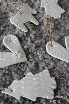 DIY christmas decorations // DIY joulukoristeet taikataikinasta  http://vanhankerrostalonasukkeja.blogspot.fi/2014/12/neljas.html