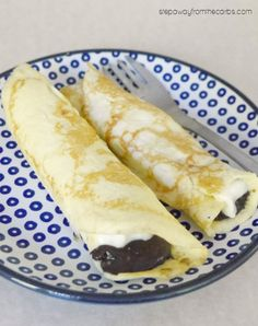 Low Carb Crepes with Chocolate Hazelnut Spread - snack, dessert or breakfast recipe!